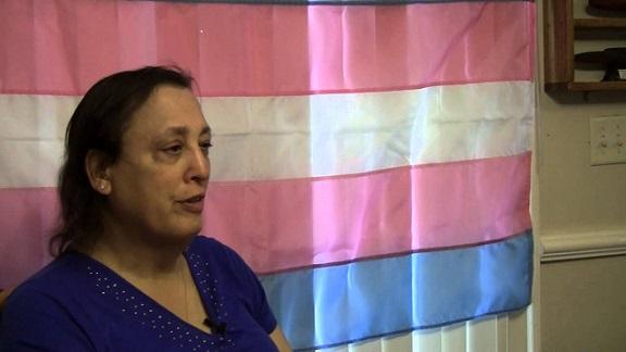 monica-helms-trans-bandera-militar