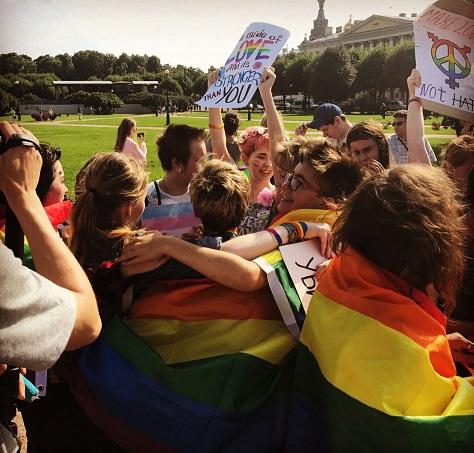 st-petersburg-pride-rainbow-spb_