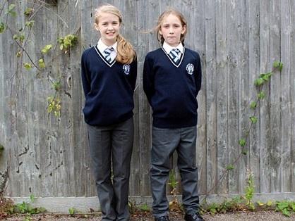 escuela-reino-unido-uniforme-genero-neutro-696x522
