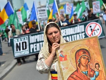rumania-referendum-matrimonio-igualitario-homosexual-696x522
