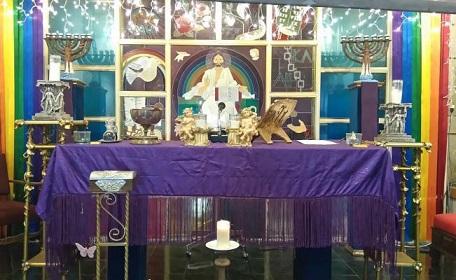 121217-lgbt-iglesia