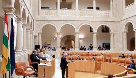 4x3-parlamento-la-rioja-700x400