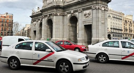 taxi-madrid-dreamstime
