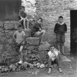 ninos_-asturias-1964-marco-9-50x60cm