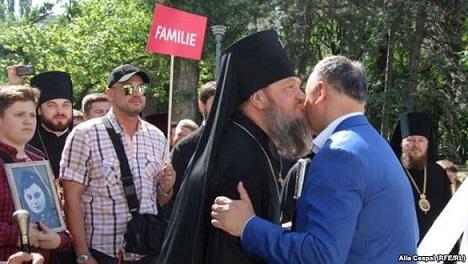 presidente-moldavia-marcha-anti-lgtb