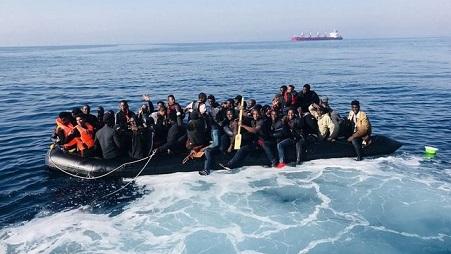 trasladan-tarifa-personas-rescatadas-estrecho_ediima20180624_0054_4