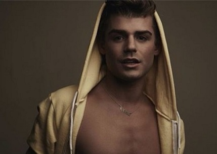 garrett-clayton-king-cobra-670x476