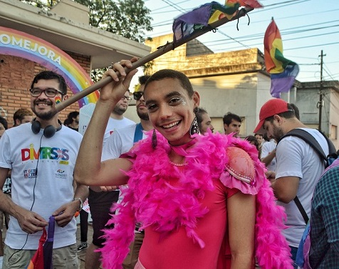 680x540-noticias-marcha-lgbt-paraguay-foto-presenteslgbt