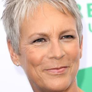 jamie-lee-curtis-9542075-1-402