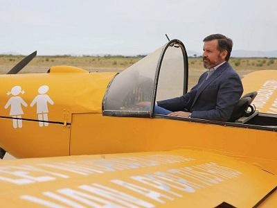 avioneta-hazteoir-ilegal-no-puede-volar
