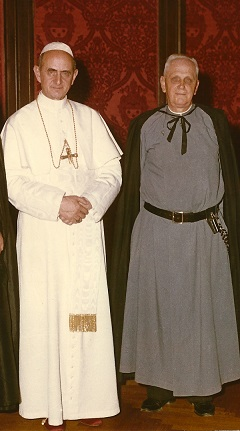 El_padre_Gerald_Fitzgerald_con_el_Papa_Pablo_VI