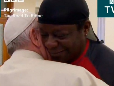 Noticia-235416-papa-francisco-stephen-amos-apoyo
