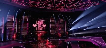 dana-international-lleva-el-mensaje-pro-lgbt-al-escenario-de-eurovision-1