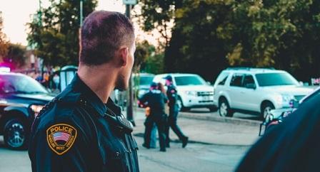 la-policia-maltrata-rutinariamente-a-las-personas-transgenero-en-eeuu-segun-un-informe