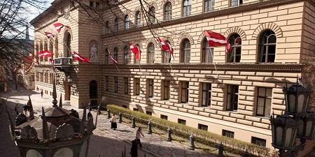 Parlamento-letonia