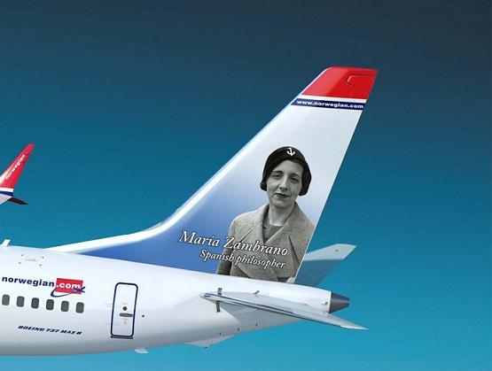 Boeing-737-MAX-8-Norwegian-Maria-Zambrano-990x746
