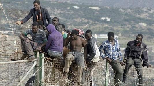 Emigrantes_2043105693_12053359_667x375