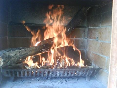 fuego-chimenea