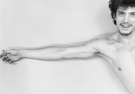 robert-mapplethorpe-self-portrait-19751