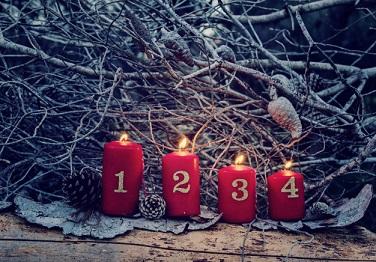 cuatro-velas-rojas-adviento-numeros_73661-55