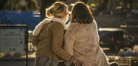 lesbianas-pareja-movilh--820x394