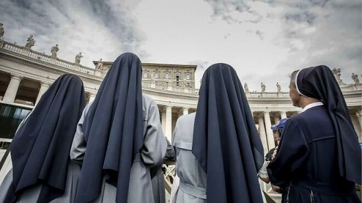 Monjas-Vaticano_2099500045_9823143_660x371