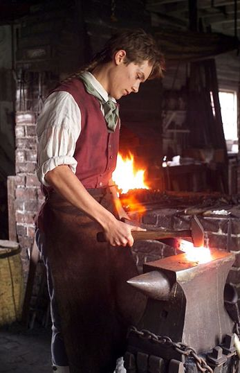 18cd457c37c9ccbf7e19ca8610f6f682--blacksmith-forge-how-to-blacksmith