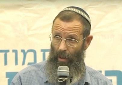 el-rabino-lider-piensa-que-los-adolescentes-deben-ser-forzados-a-una-traumatica-terapia-de-conversion-para-erradicar-la-homosexualidad