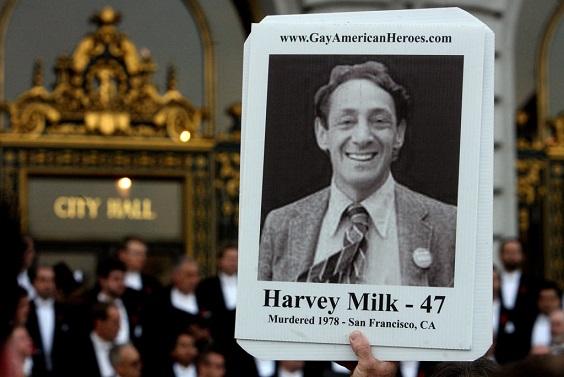 recordando-el-legado-duradero-de-harvey-milk-en-su-90-cumpleanos-el-pionero-gay-que-tragicamente-se-convirtio-en-un-martir