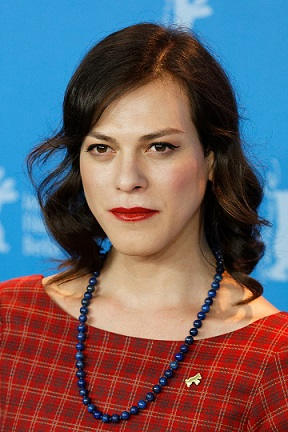 1200px-Daniela_Vega_A_Fantastic_Woman_Berlinale_2017_(cropped)