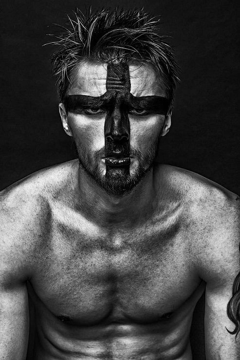 man-guy-fashion-makeup-model-russian-creativity-black-and-white-tattoo