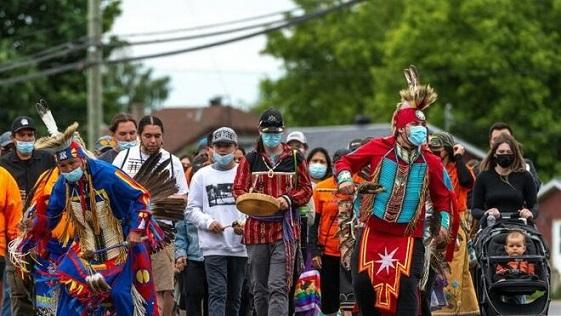 obispos-canadienses-comprometen-menores-indigenas_2346375347_15585849_660x371