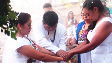 boda-lesbica-mujeres-mayas